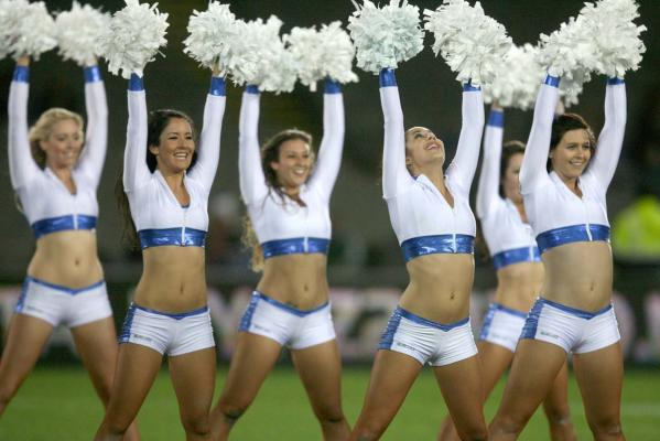 mohicanos_cheerleaders_image003271211