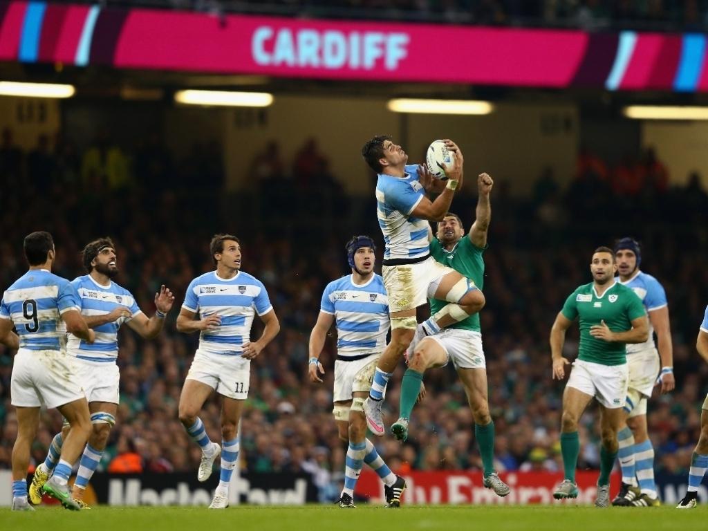 0_Pablo_Matera_high_ball_Argentina_v_Ireland