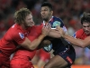 mohicanos_kurtley-beale-taking-contact-for-the-r21