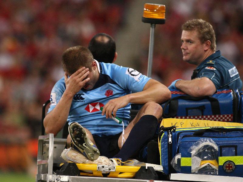 drew-mitchell-waratahs-dejected-and-injured