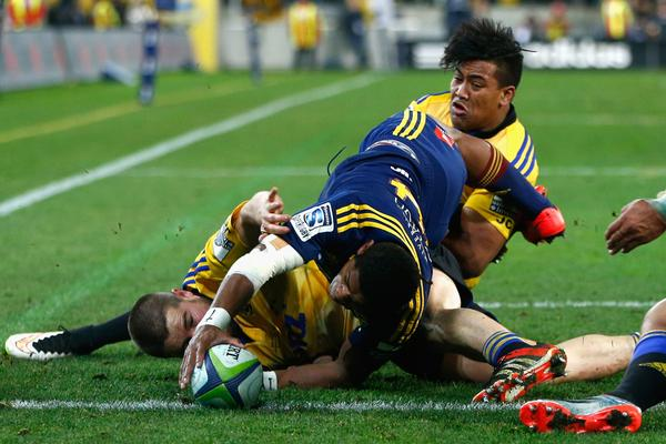 Highlanders try - Final Super Rugby 2015