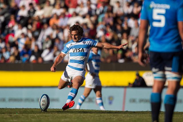 Nicolas Sanchez - El apertura argentino marco 20 de los 30 tantos de Los Pumas hoy ante Italia - Foto: UAR